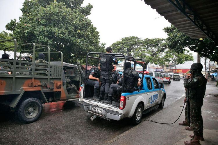Segurança - geral - intervenção federal Rio de Janeiro violência Exército polícias favelas