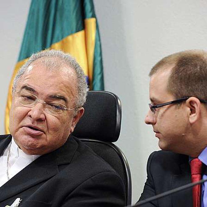 Reunião do Conselho de Comunicação Social - presidente do conselho, Dom Orani João Tempesta, e o secretário Nacional de Segurança Pública do MJ, Marcello Barros de Oliveira