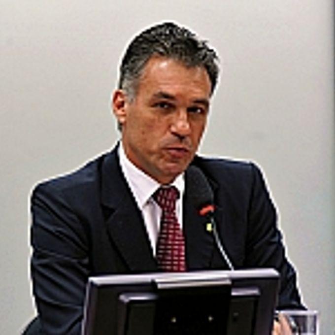 Audiência pública para debater sobre Pirataria, Prevenção, Repressão e seus Impactos na Economia do País. Dep. Guilherme Campos (PSD-SP)