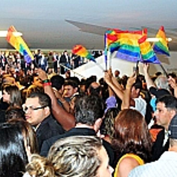 Direitos Humanos e Minorias - Homossexualismo - Manifestação GLBT contra a Homofobia