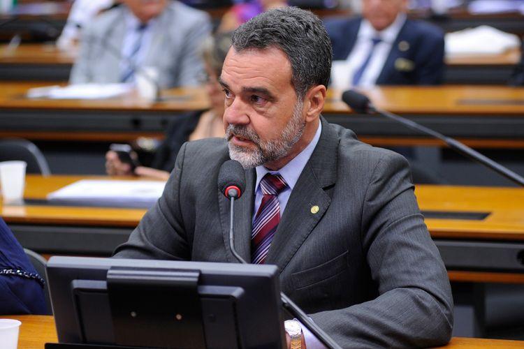 Reunião com o ministro do Trabalho e Emprego, Ronaldo Nogueira para tratar de assuntos da pasta. Dep. Daniel Almeida (PCdoB-BA)
