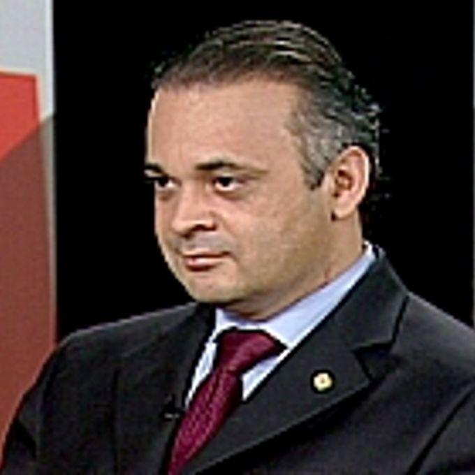 Dep.: Roberto de Lucena (PV-SP)