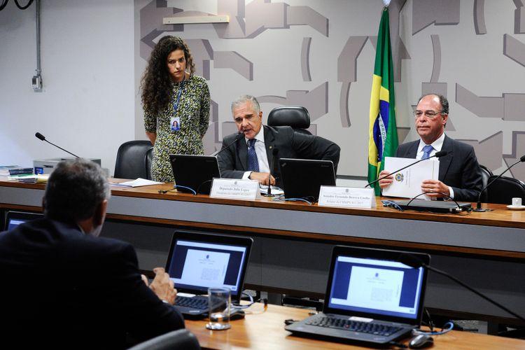 Reunião da comissão mista que analisa a MP 811/17