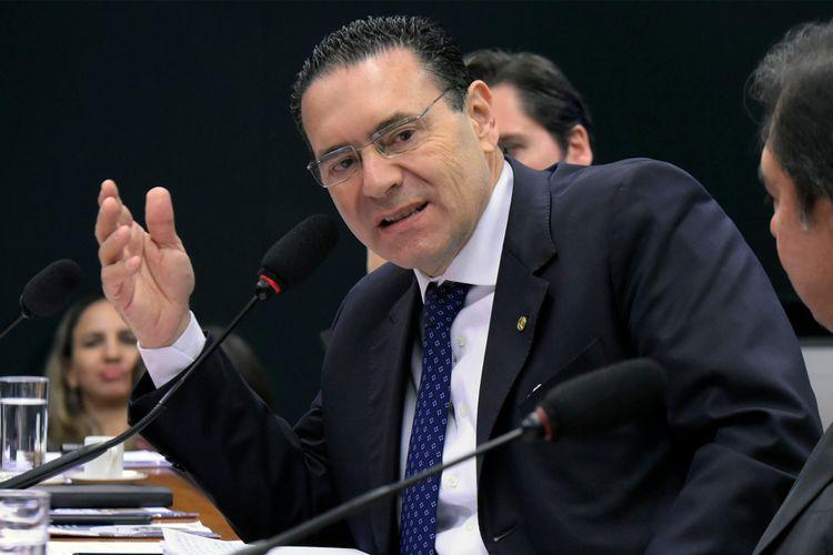 Audiência pública para esclarecer a não inclusão da energia solar fotovoltaica no Leilão A-6 de 2018 e as perspectivas do leilão de energia de reserva ainda em 2018. Dep. Vitor Lippi (PSDB - SP)