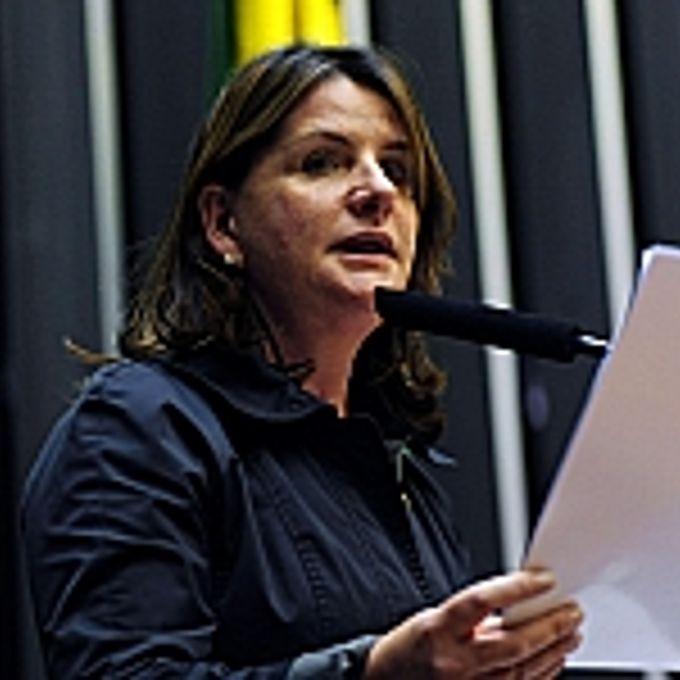 Carmen Zanotto
