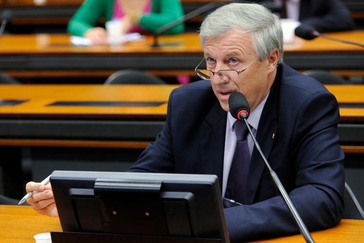 Reunião Ordinária e Audiência Pública. Dep. Renato Molling (PP - RS)