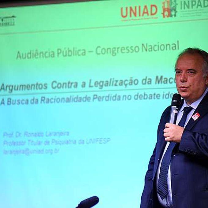 Seminário - Riscos e Impactos associados à legalização da maconha. Diretor do Instituto Nacional de Ciência e Tecnologia para Políticas Públicas do Álcool e outras Drogas do CNPq, Ronaldo Ramos Laranjeira