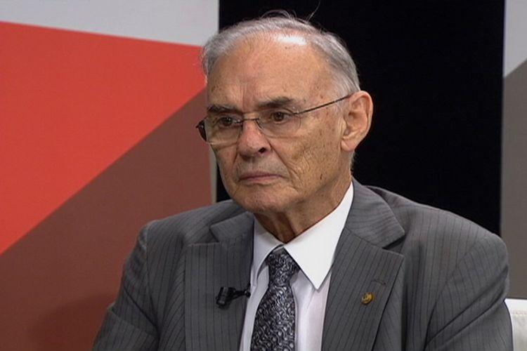 Deputado Arolde de Oliveira, do PSD do Rio de Janeiro.