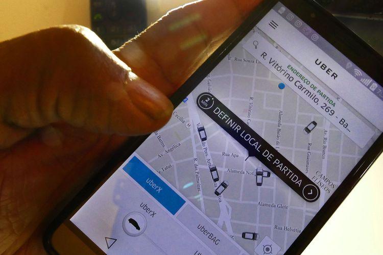 Transporte - táxi - Uber aplicativo transporte