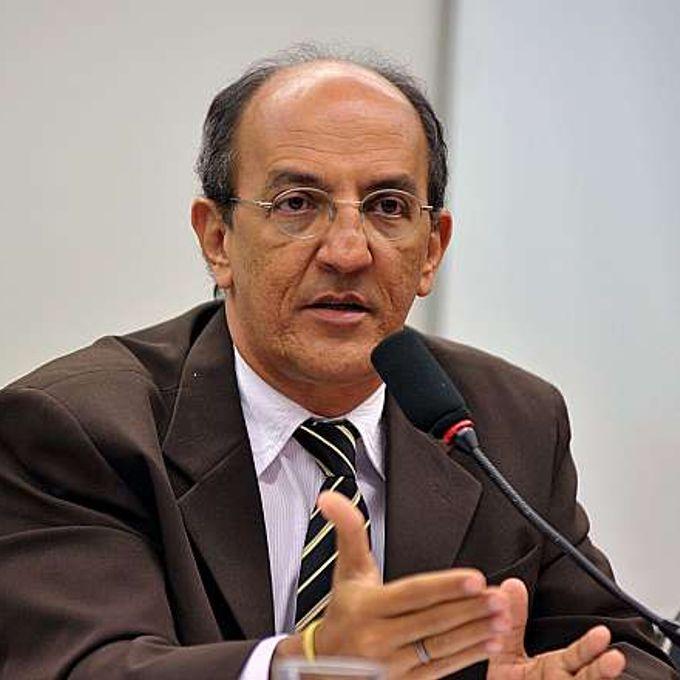 Audiência pública para debater sobre o esvaziamento da Polícia Federal e da Polícia Rodoviária Federal na Amazônia. Dep. Arnaldo Jordy (PPS-PA)