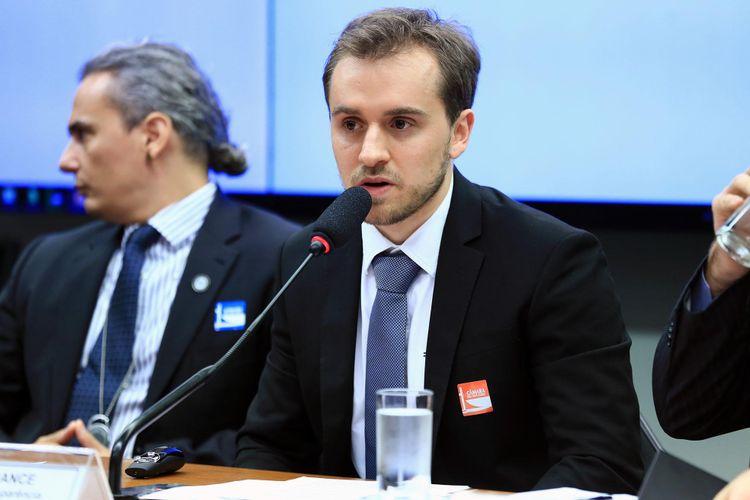Audiência Pública e Reunião Ordinária. Representante da Transparência Internacional, Guilherme France