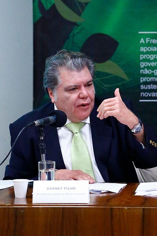 Frente Parlamentar Ambientalista, Observatório do Código Florestal e o Instituto de Pesquisa Ambiental da Amazônia (IPAM) realizam o seminário: 5 Anos do Código Florestal: desafios e oportunidades. Ministro do Meio Ambiente, Sarney Filho