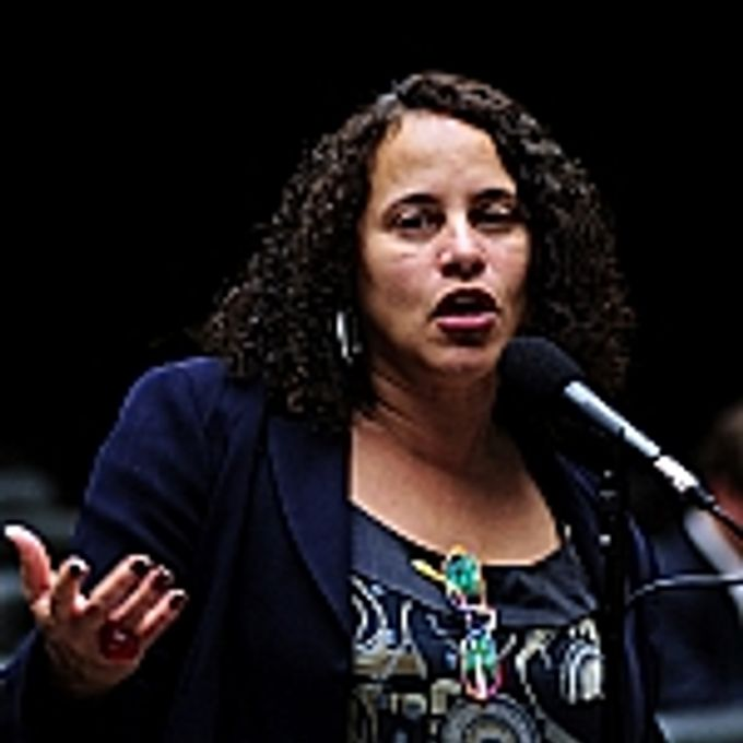 Luciana Santos