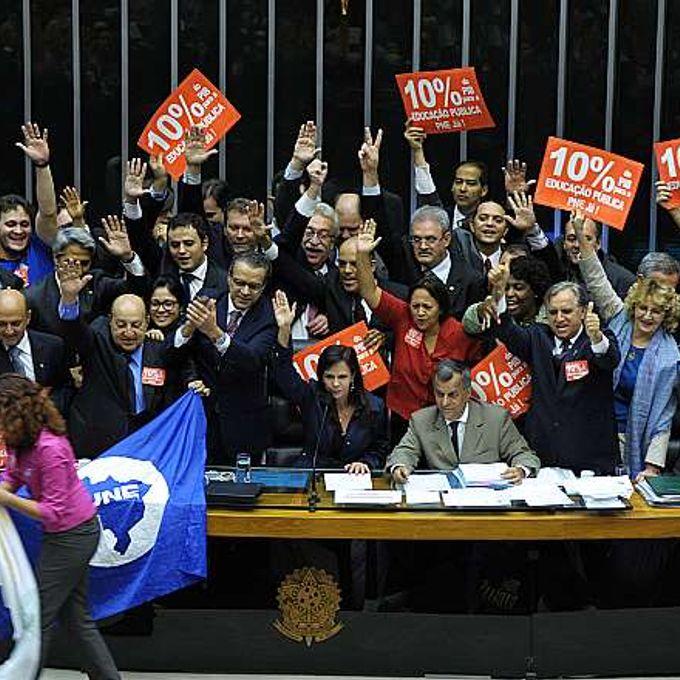 Votação do - PL 8035/2010 que