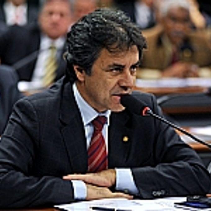 Câmara -  Frentes Parlamentares - Defesa da democratização na distribuição dos recursos dos Royalties, Frente Parlamentar Mista - Oziel Oliveira