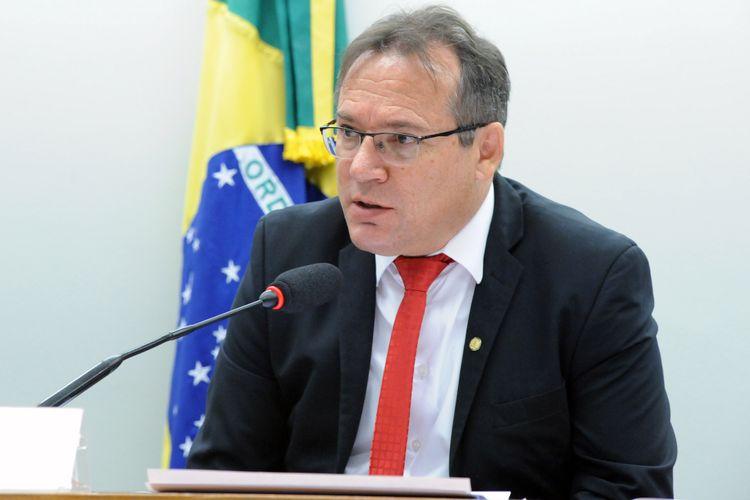 Audiência pública sobre o aprimoramento e regulamentação do Sistema Nacional de Viação - SNV. Dep. Remídio Monai (PR - RR)
