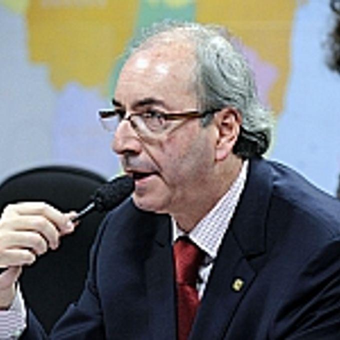 """Audiência pública sobre a Medida Provisória que inicia a reforma do Imposto sobre Circulação de Mercadorias e Serviços (ICMS) para combater a chamada """"guerra fiscal"""". Presidente da comissão, dep. Eduardo Cunha (PMDB-RJ)"""