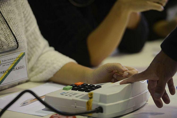 Justiça eleitoral - Eleições 2016 Niterói Votação Tânia Rêgo Agência Brasil