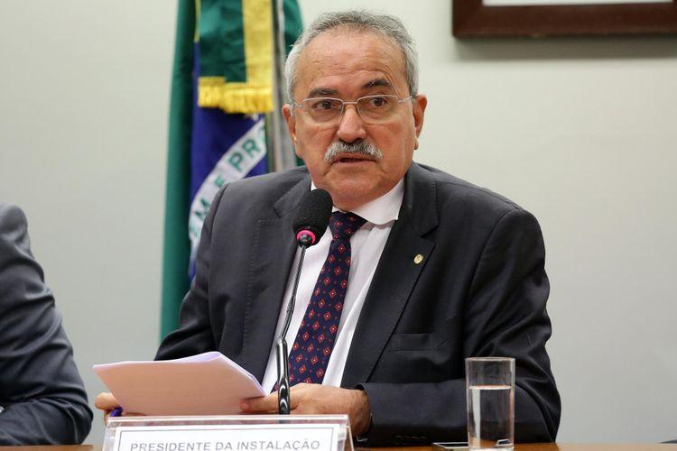 Instalação e eleição do presidente e dos vice-presidentes. Dep. Átila Lira (PSB - PI)