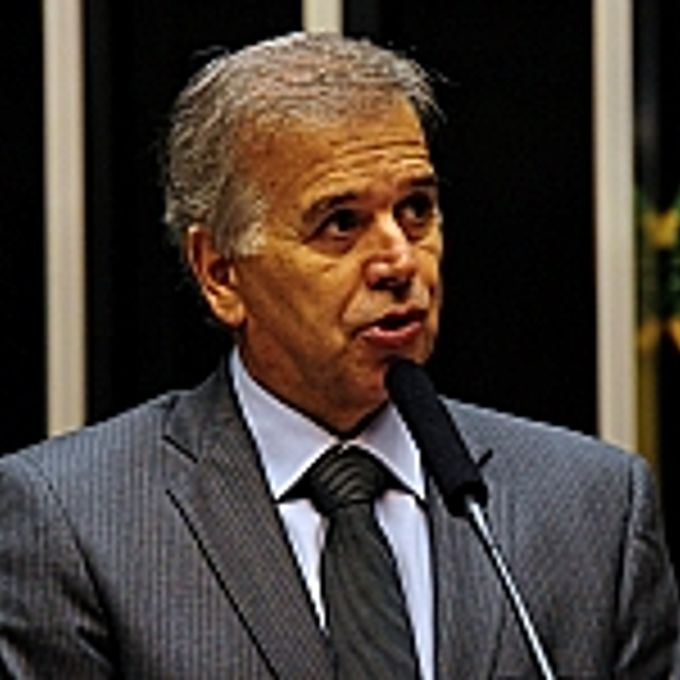 Edinho Araújo