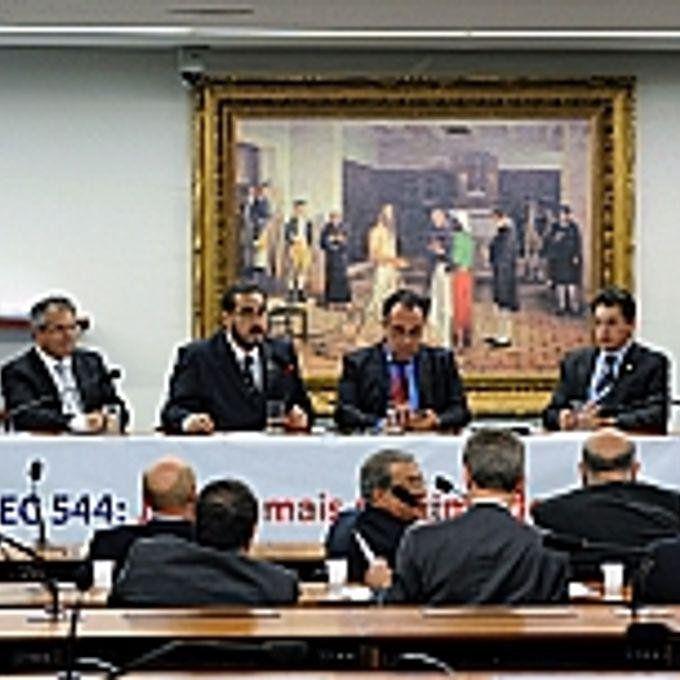 Ato Público com o objetivo de somar esforços para a votação, em Segundo Turno, da PEC 544/02