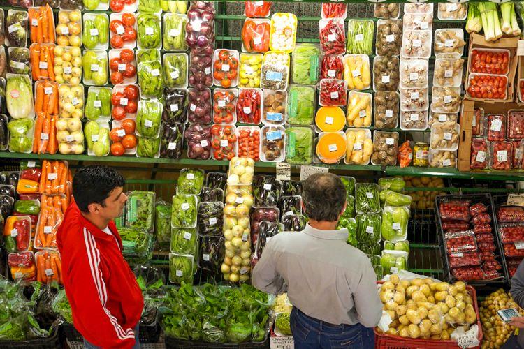 Alimentos - alimentação saúde comércio mercados verduras legumes saudável feiras nutrição