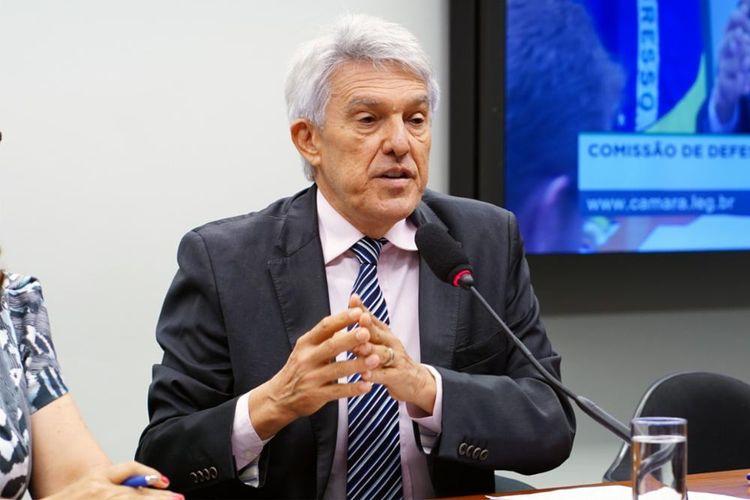 Instalação da Comissão e eleição para presidente e vice-presidentes. Presidente, dep. João Maia (PR-RN)