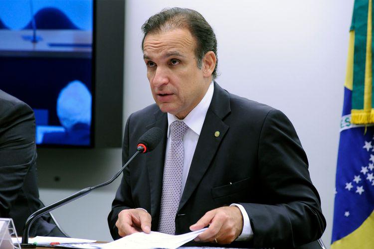 Audiência pública sobre o Plano Nacional de Redução de Mortes e Lesões no Trânsito. Dep. Hugo Leal (PSD - RJ)