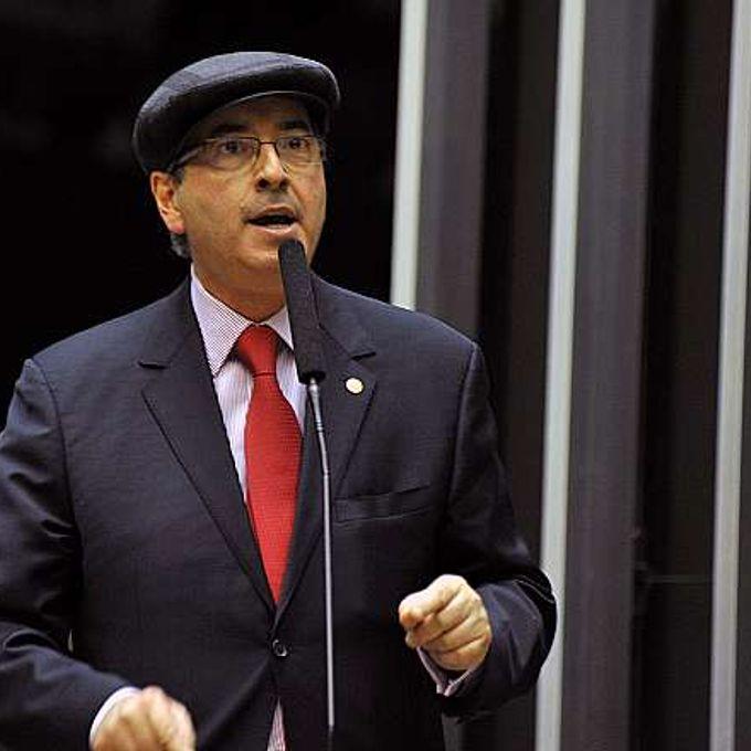 Discussão e votação da PEC 565/2006 - PEC do Orçamento Impositivo, que teve origem no Senado, torna obrigatória a execução de emendas parlamentares até o limite global de 1% da receita corrente líquida realizada no exercício anterior. Dep. Eduardo Cunha (PMDB-RJ)