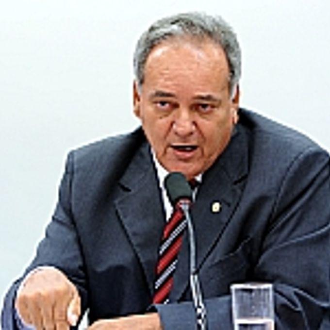 Audiência Pública. Relator da comissão, dep. Edio Lopes (PMDB-RR)