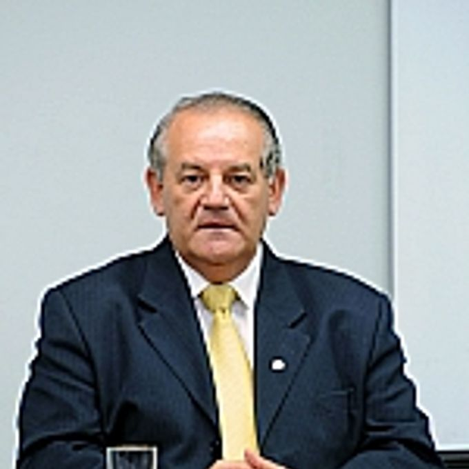 Dep. Givaldo Carimbão (relator)